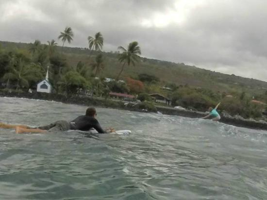 Kona Surf Company: She was able to ride to shore on only her second try