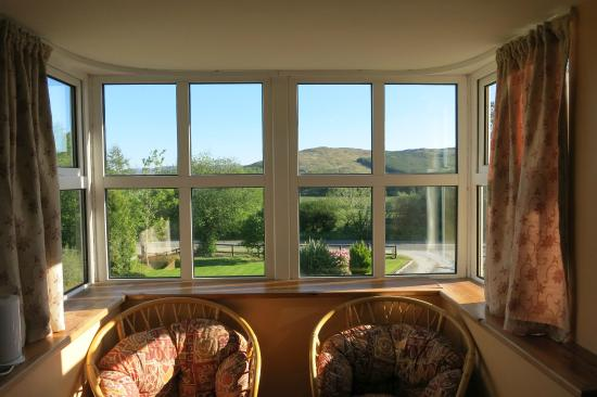 2 Mile Lodge: Wonderful view of the country side between the Killarny National Park and Kenmare