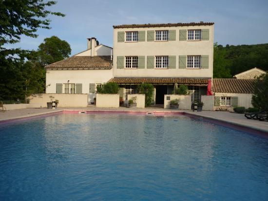 Domaine Le Bois Des Dames : Pool