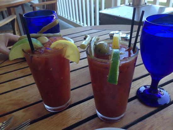 Port Ludlow, WA: Riverside cafe