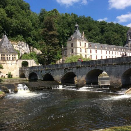 Le Lindois, France: Beautiful Brantome.