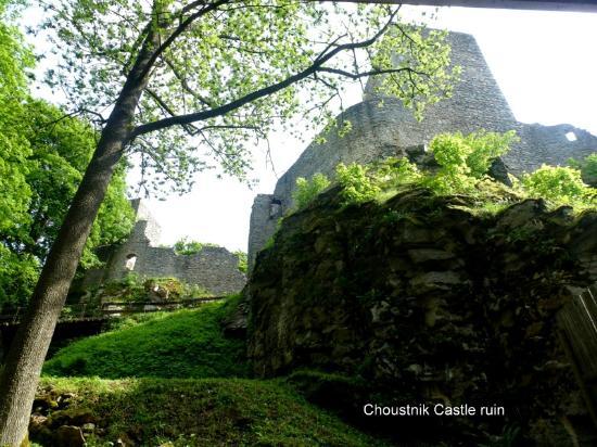 Czech Republic: Choustník Castle ruins