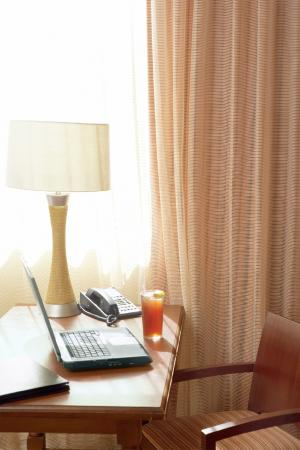 Country Inn & Suites By Carlson, Minneapolis West: complimentary internet