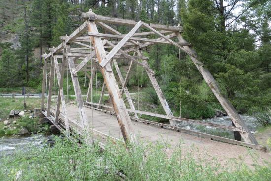 Pecos Wilderness Area - Pecos River along road 63 - Old bridge