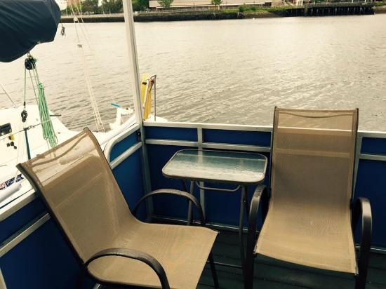 Constitution Marina's Bed & Breakfast Afloat: Deck of Sea Chalet