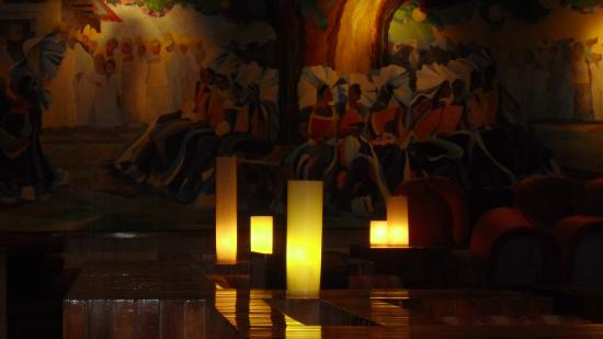 Sevilla Palace: hermoso salón para tomar algo