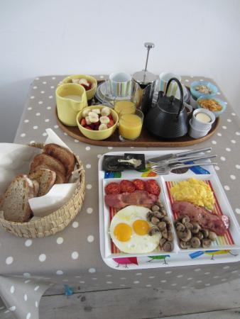 122 Great Titchfield Street B&B: Homemade breakfast, to order, every morning - delicious!