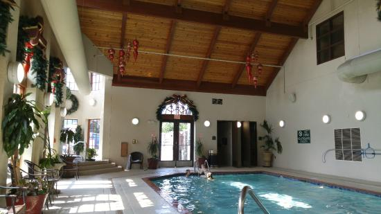 indoor pool hot tub picture of the inn at christmas place pigeon rh tripadvisor com