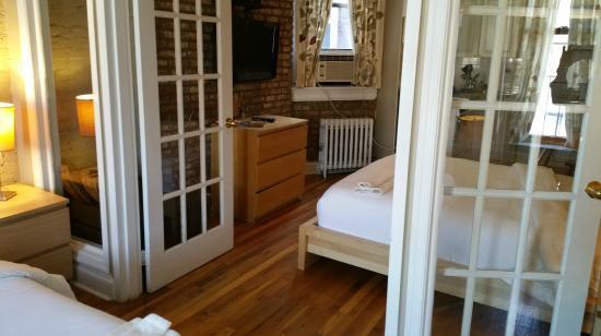 Sanctuary NYC Retreats: Comedor desde la habitacion