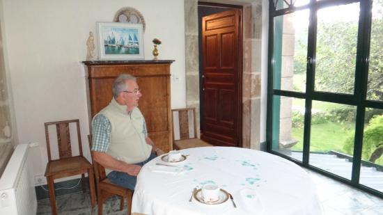 Hotel de France: Desayunando