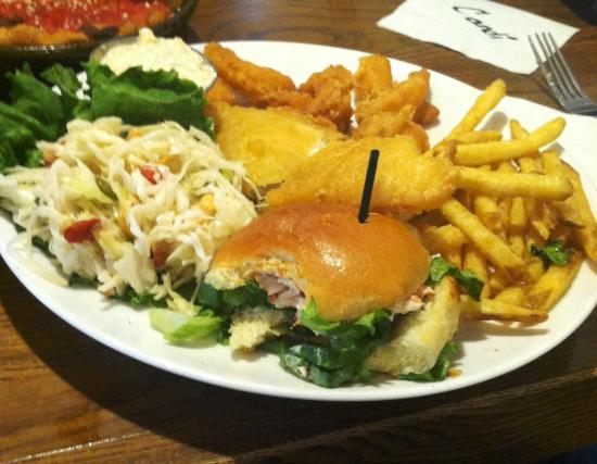 UNO Chicago Grill: Seafood Dinner