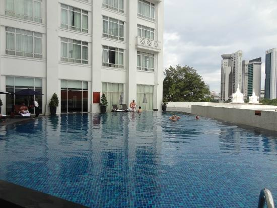 A lovely swimming experience at the hotel pool picture - Piccolo hotel kuala lumpur swimming pool ...