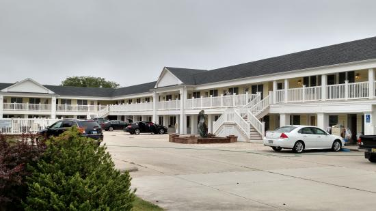 Madison Avenue Beach Club Motel Quaint Styling Easy Parking Right Outside Your Door
