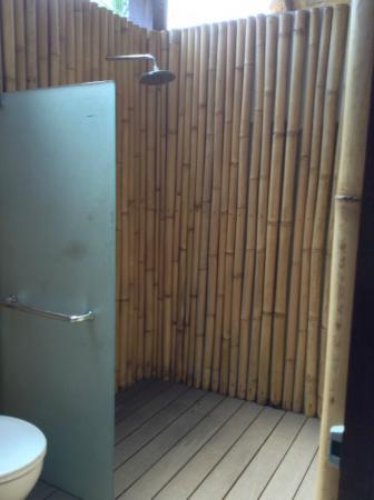The Gemalai Village: Shower