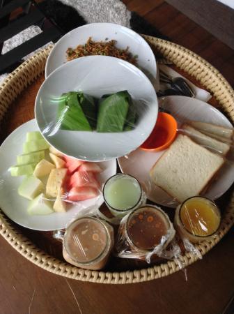 The Gemalai Village: Breakfast Set A (Malaysian Set)
