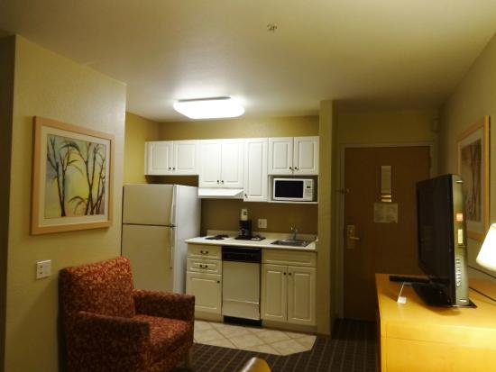 Quality Inn & Suites at Metro Center: Our kitchenette