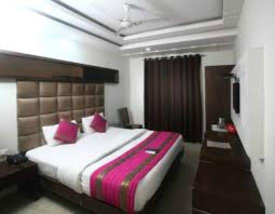 Hotel Aman Inn: Super Deluxe Room