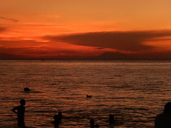 Mumbul Guesthouse: sunset