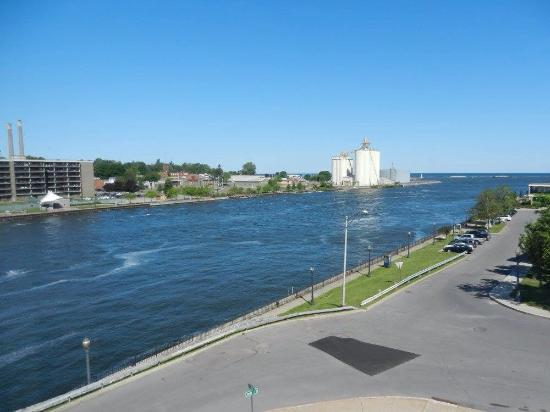Quality Inn & Suites Riverfront : View from our room on 5th floor