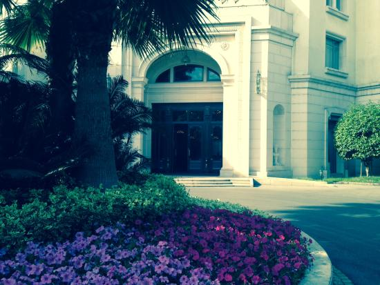 شنغهاي فنيانج جاردن بوتيك هوتل: Main entrance