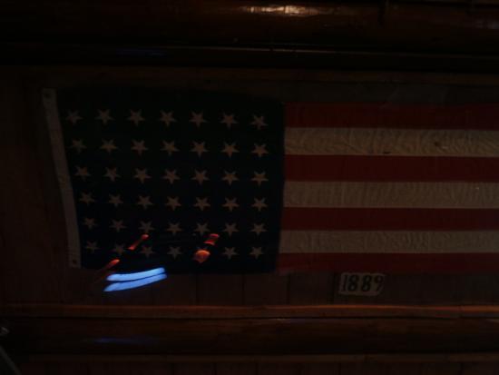 Miners Saloon: 1889 American Flag