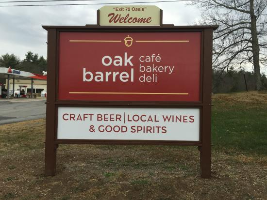 Oak Barrel: Daily Specials