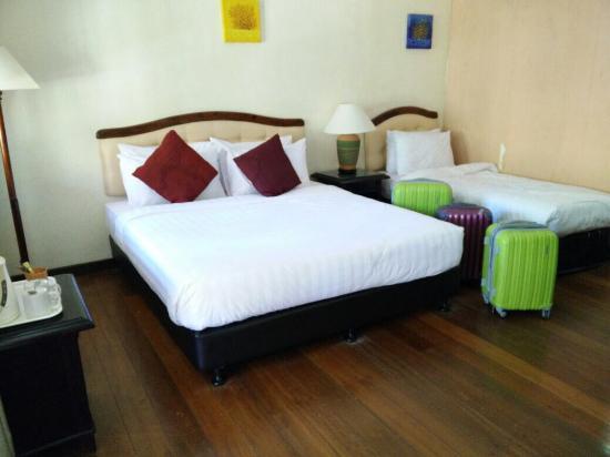 Sibu Island Resort: photo0.jpg