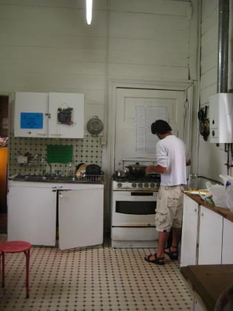 Albergue Latino: cocina