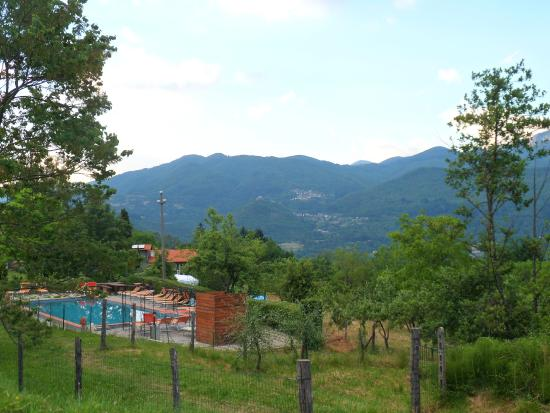 Agriturismo Borgo Biaia: piscina