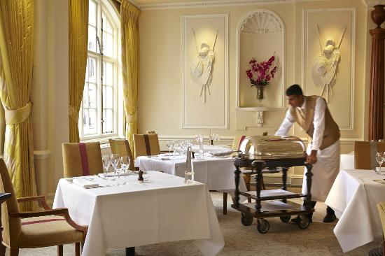 Beef Trolley In The Dining Room Picture Of The Goring Dining Room