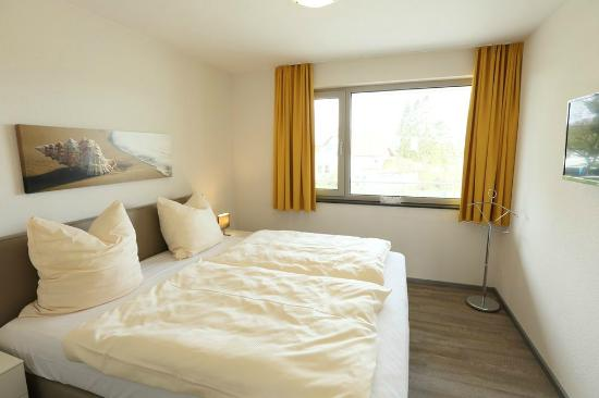 Ferienwohnung auf Deck 3, Schlafzimmer - Bild von Elbstrand Resort ...