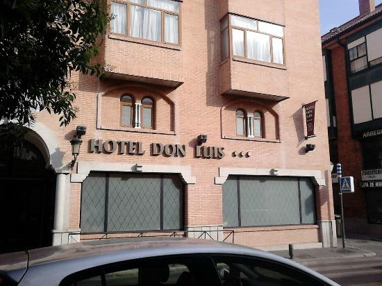 Hotel Don Luis : fachada