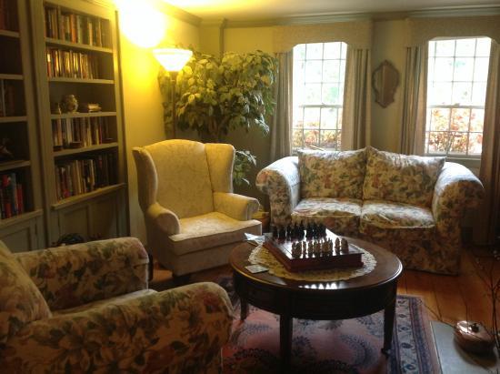 """Castleton, VT: la saletta """"biblioteca"""""""