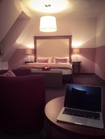Aparthotel Am Schloss: Very clean and nice room for good price!