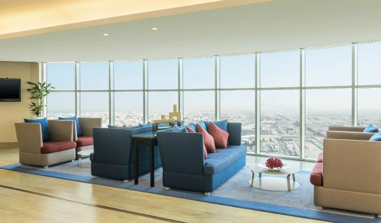 Sheraton Mall of the Emirates Hotel: 24th Floor Lounge