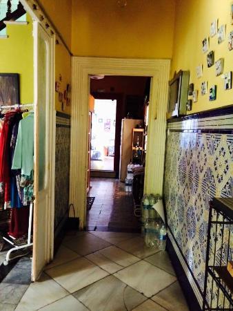 Casa Babylon Backpackers: Corridor