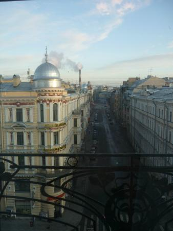 Stary Nevsky Hotel: вид с балкона отеля