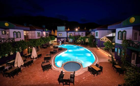 Spa Herakles Termal Otel: Pool Area
