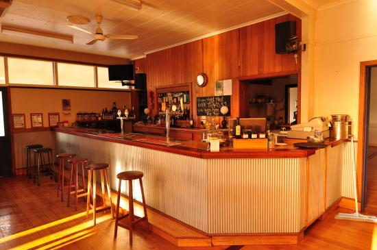 Stanley, Australia: Main bar