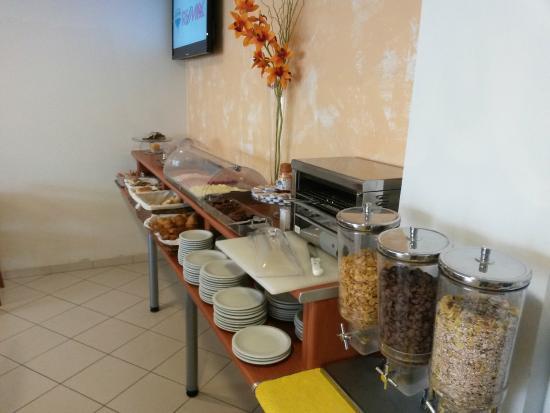 Hotel Sao Sebastiao De Boliqueime : Café da manhã