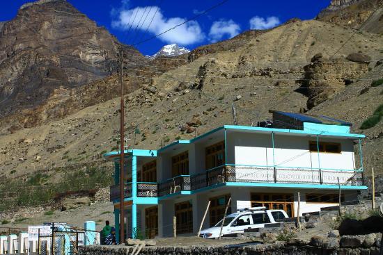 Tow Dhey Himalaya Hotel