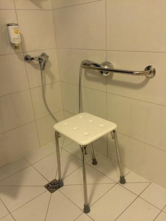 Hotel Austeria Conference&Spa: niedostosowanie łazienki
