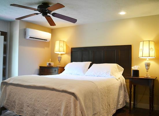French camp bed and breakfast inn updated 2017 prices for What is a french bed in a hotel