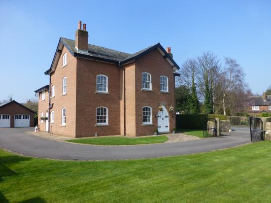 Manor House Farm Bed & Breakfast