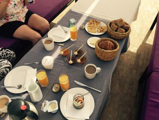 Riad Awa: Breakfast