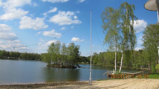 Hotel Am Springhorstsee: Вид на озеро 2
