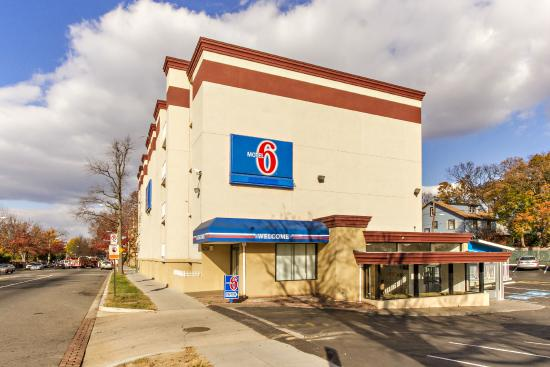 Motel 6 Washington DC: Exterior