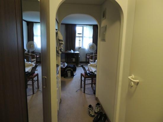 Derag Livinghotel Karl Theodor : view from entrance