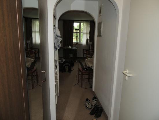 Derag Livinghotel Karl Theodor : mirror