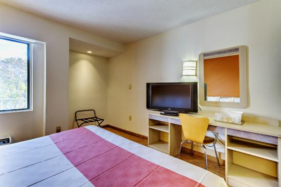 Motel 6 Washington DC: Guest Room